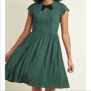 ModCloth Bow Front A-Line Midi Dress in Pine